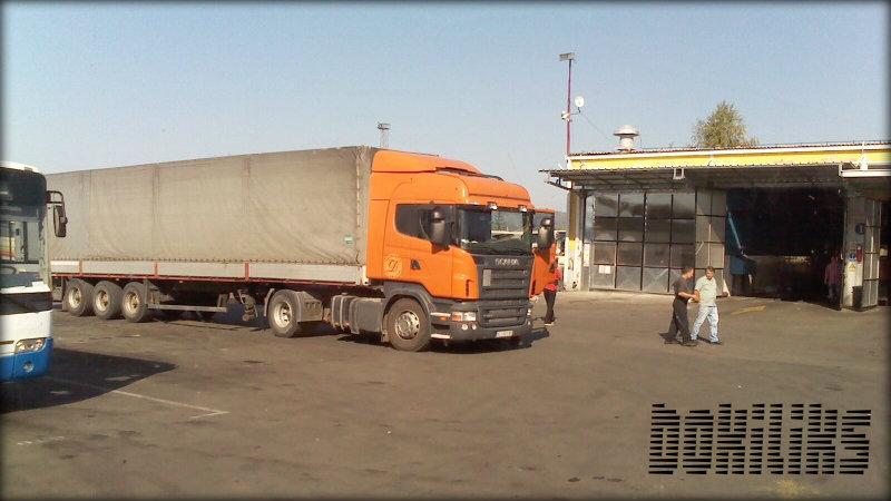 Scania R         - Page 5 120924-1457scaniar