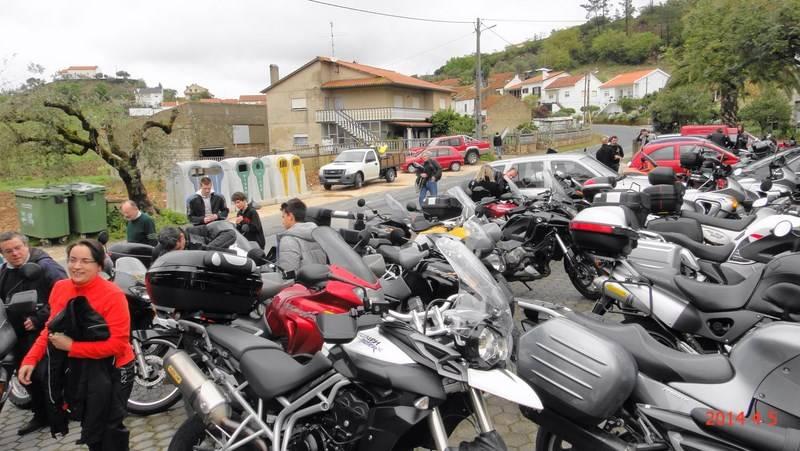 Crónica - Encontro (Pré)-Expomoto 2014 - Batalha-5 de Abril DSC05765800x600_zps0003db4c