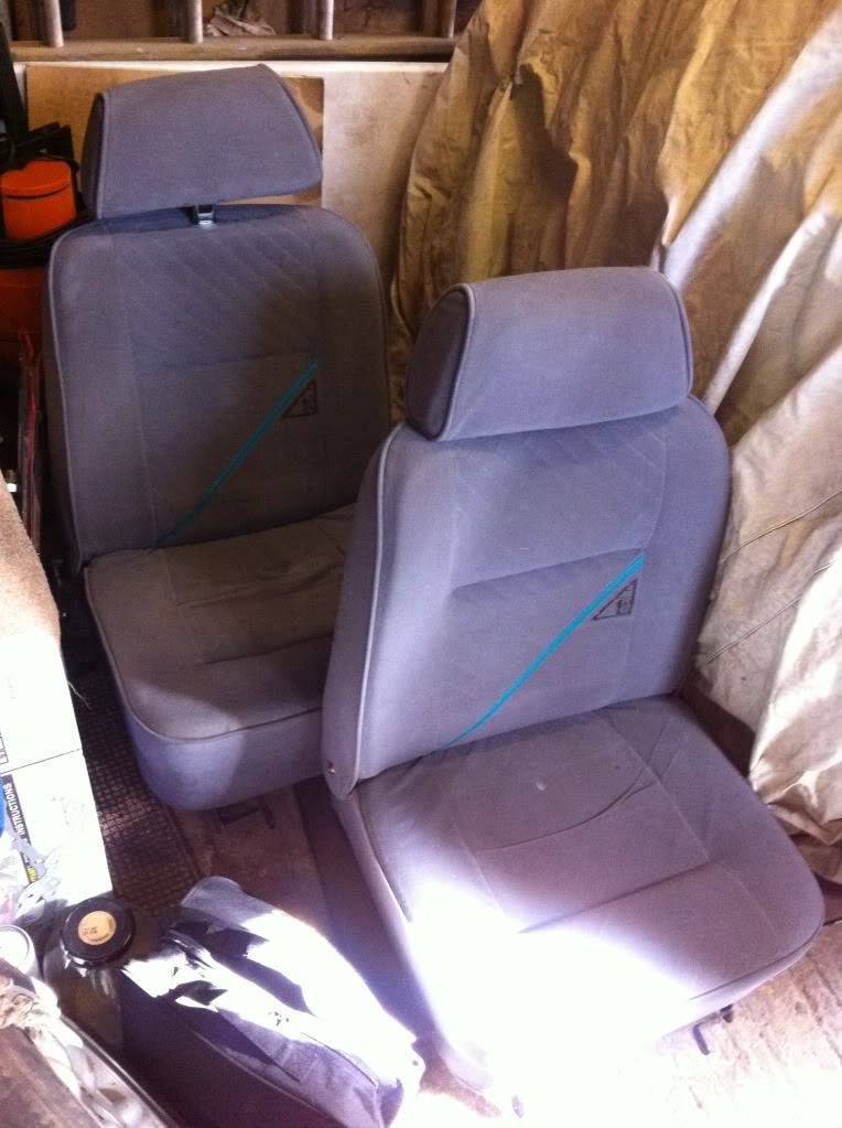 Front seats Null_zpsaecb2c93