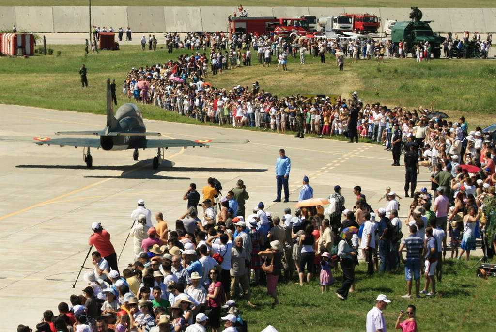 Miting aerian BOBOC 2012 Boboc_airshow_313