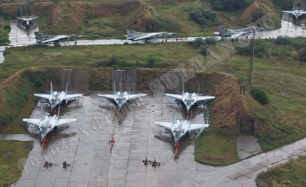 Aeronave militare - Pagina 15 RoIAS2006_02