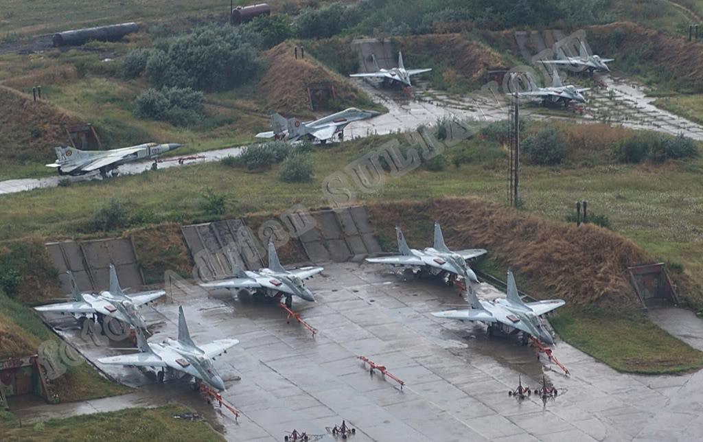 Aeronave militare - Pagina 15 RoIAS2006_03