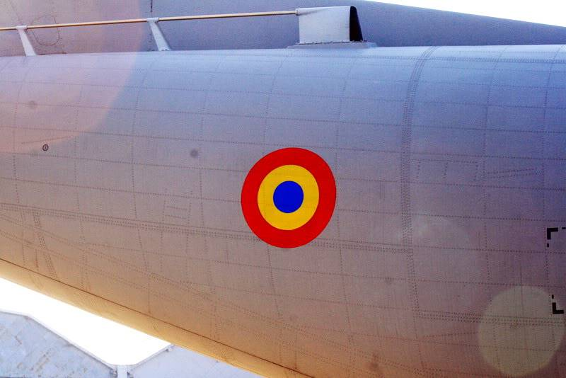 C-27J sau C-295 (2 be or not 2 be...Spartan?) - Pagina 2 INSCRITIONARESPARTAN_0023