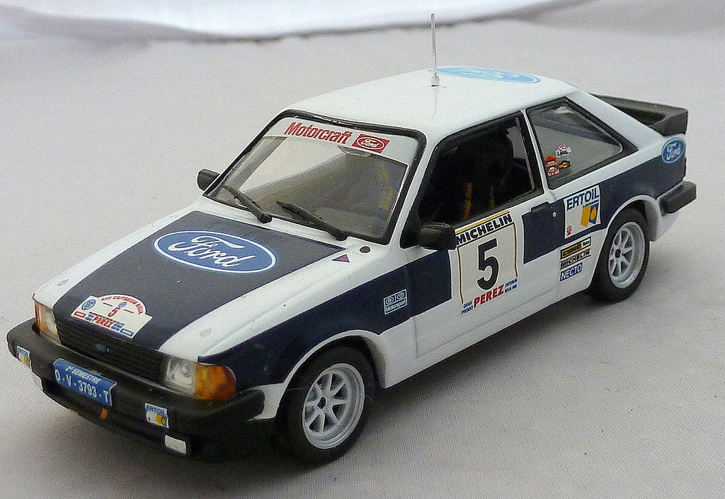 Other Ford Rally Cars P1020676_zpsc9ncszyz