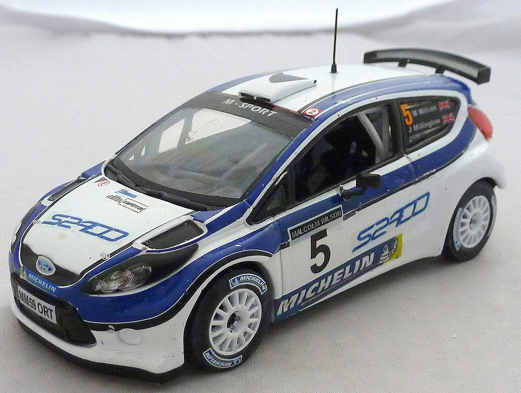 Other Ford Rally Cars P1020692_zpsquzqcxsq