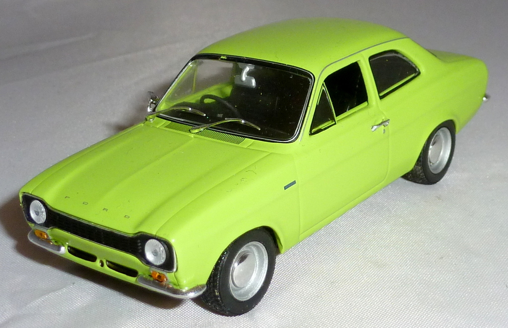 AVO (Advanced Vehicle Operations) and RS (Rallye Sport) Collection  P1030192_zpsrvwgetin