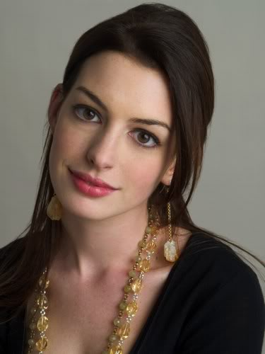 The Perfect Human Cast and Robot Voice Cast for Transformers 4 Anne-hathaway