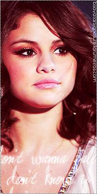 Selena Gomez  Sel02
