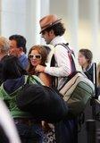 Misc - 27/05/2007 Con Isla en el aeropuerto de L.A. Th_SachaBaronCohenSachaBaronCohenIslaFisherXMr-HT5wppzl