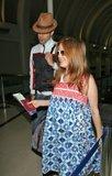 Misc - 27/05/2007 Con Isla en el aeropuerto de L.A. Th_SachaBaronCohenSachaBaronCohenIslaFisherkt4RL2jDDeAl