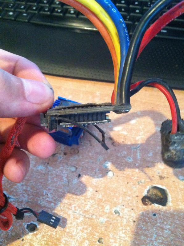 Como reparar la carcasa de tu Variador IMG_7372_zps83b9abb4