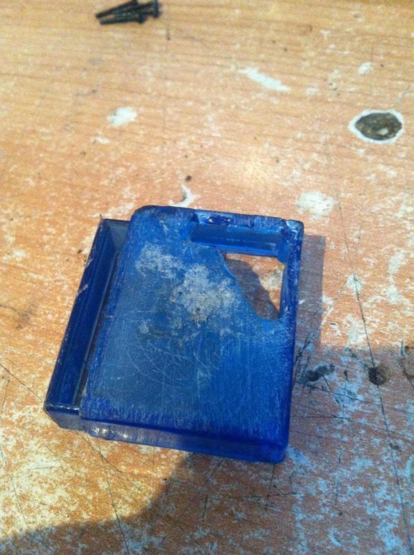 Como reparar la carcasa de tu Variador IMG_7373_zps3e63166d