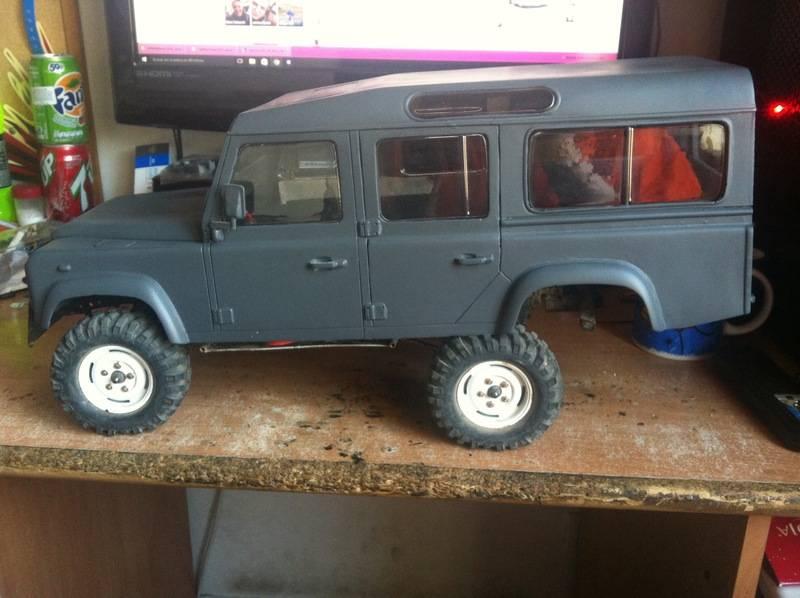 Axial Land Rover Defender 110 IMG_0684_zpsgisyu5c2