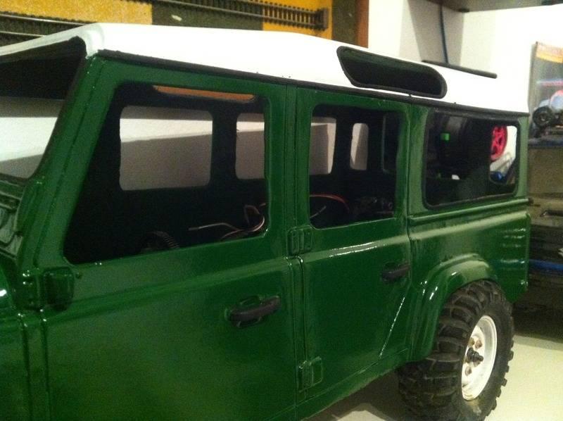Axial Land Rover Defender 110 IMG_0742_zps2ho4xn4w