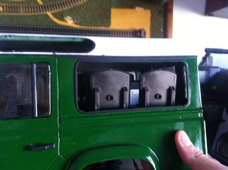 Axial Land Rover Defender 110 IMG_0781_zpsvsgkpadj