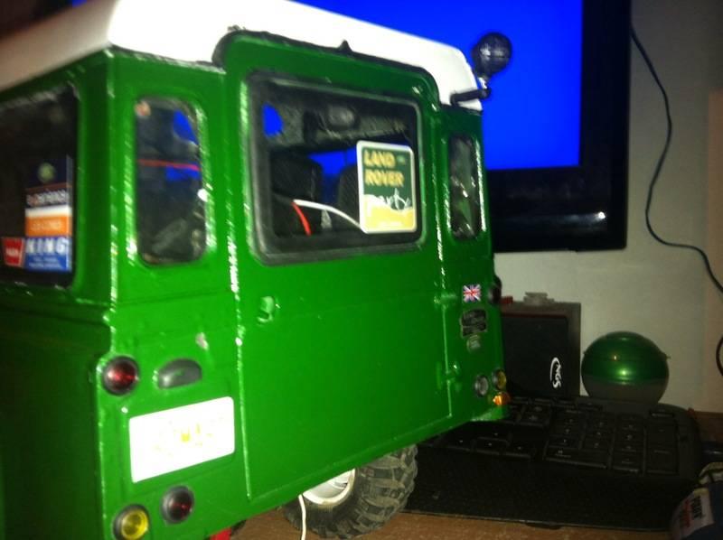 Axial Land Rover Defender 110 IMG_0829_zpsdiz0soxp