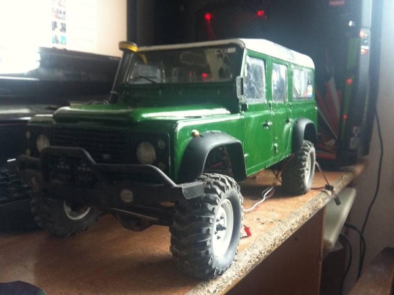 Axial Land Rover Defender 110 IMG_1099_zpsy2edez0e