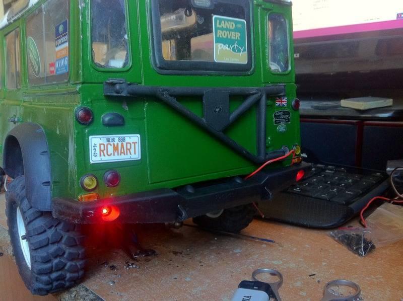 Axial Land Rover Defender 110 IMG_1100_zpsduz5igdx