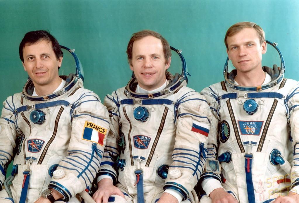 Recherche photos de la montre Yema Spationaute III Aragatz de Jean-Loup Chrétien. Soyuz-tm-15-1