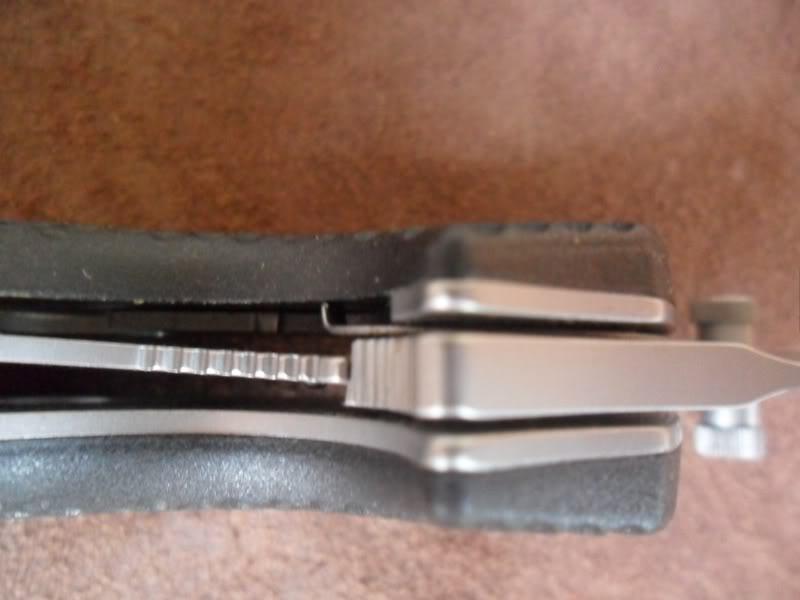 CRKT noževi... SAM_4083