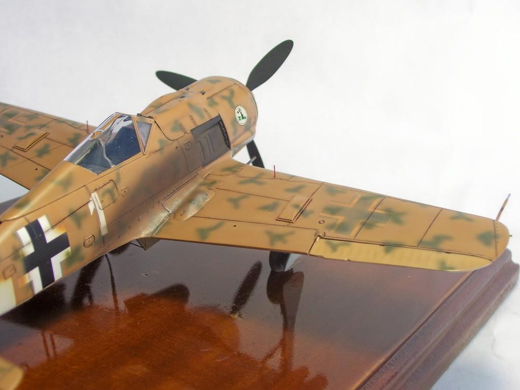 Focke Wulf 190 F-8 Blanco 1, I/SG4 (Tamiya 1/48). FockeWulf190F-8%2013