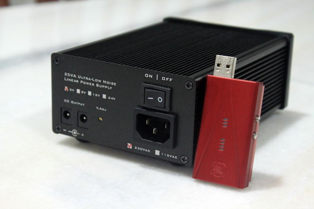 Jay's Audio LPS25VA Linear Power Supply [5V, 9V, 12V, 15V, 18V, 24V]  IMG_0395_zpse1afa49c