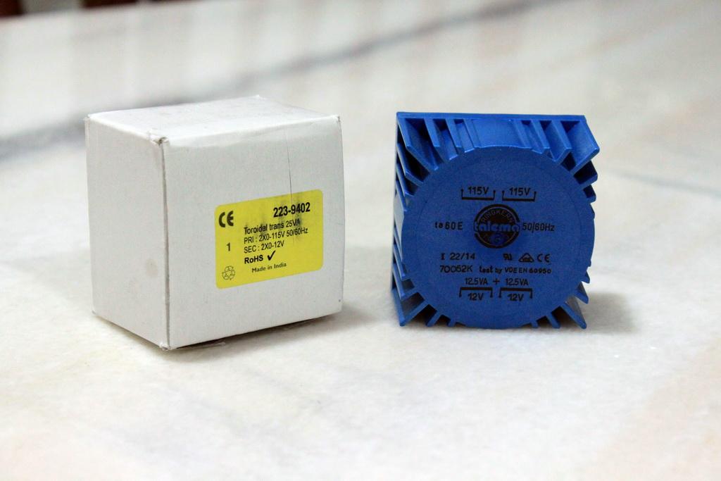 Jay's Audio LPS25VA Linear Power Supply [5V, 9V, 12V, 15V, 18V, 24V]  IMG_0399_zps855374bc