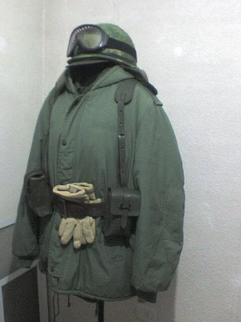 uniform and equipment. Argentine army. 1982 268056_2162559111395_1469127393_32447246_1950921_n