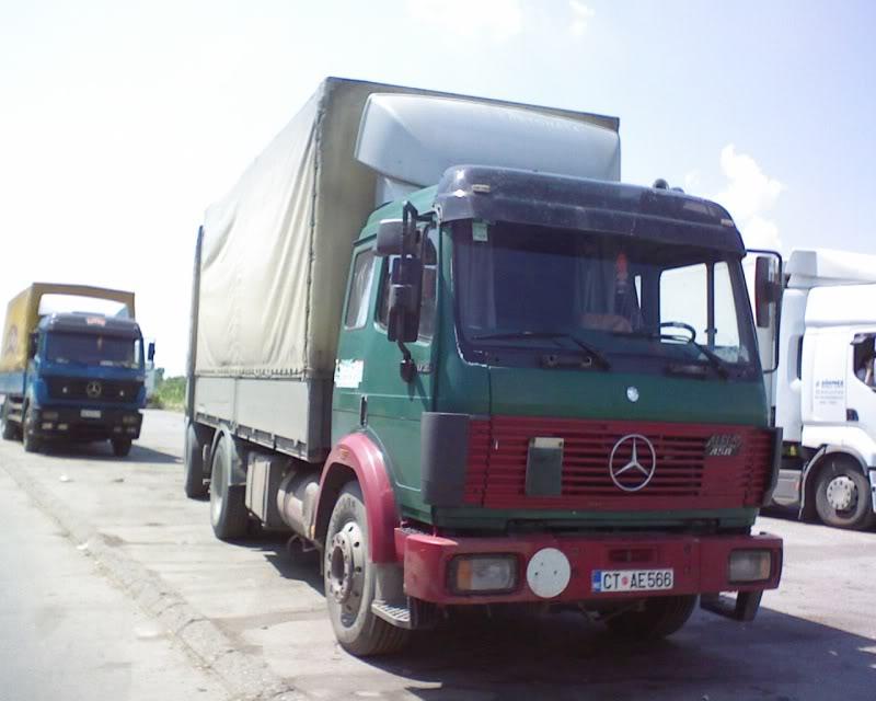 Mercedes Benz - Page 2 DSC00009-1