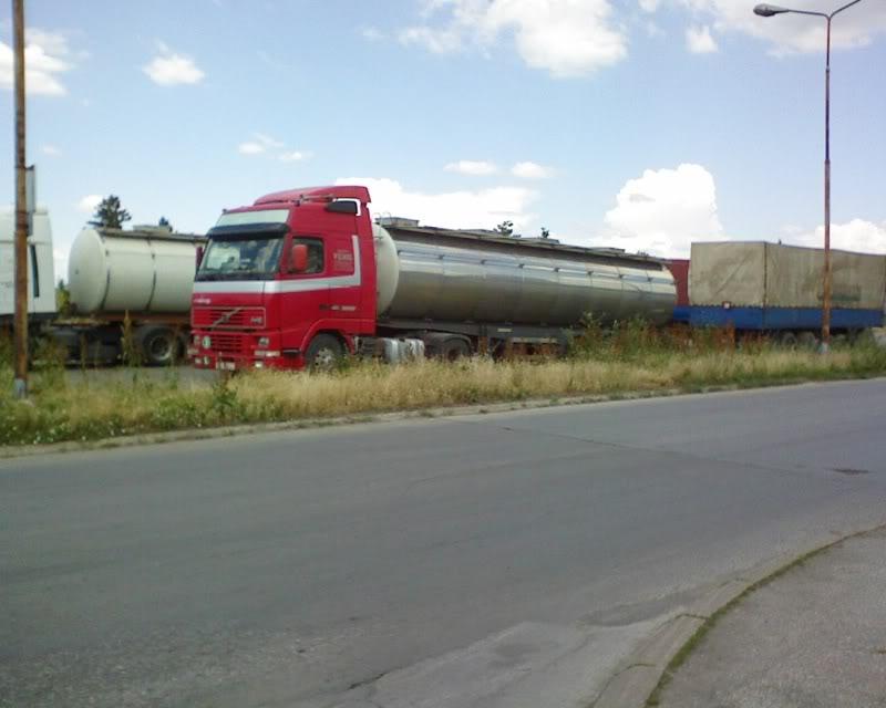 Volvo kamioni - Page 2 DSC00341