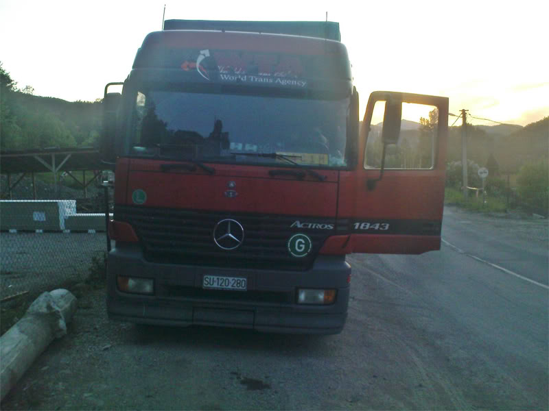 Mercedes Benz - Page 2 DSC00773