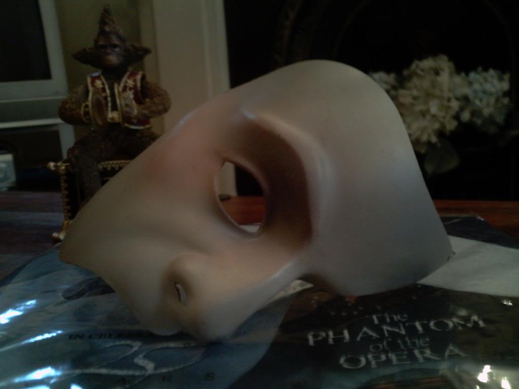 Phantom costumes - real and replicas 1 - Page 31 PeterKmask294-1