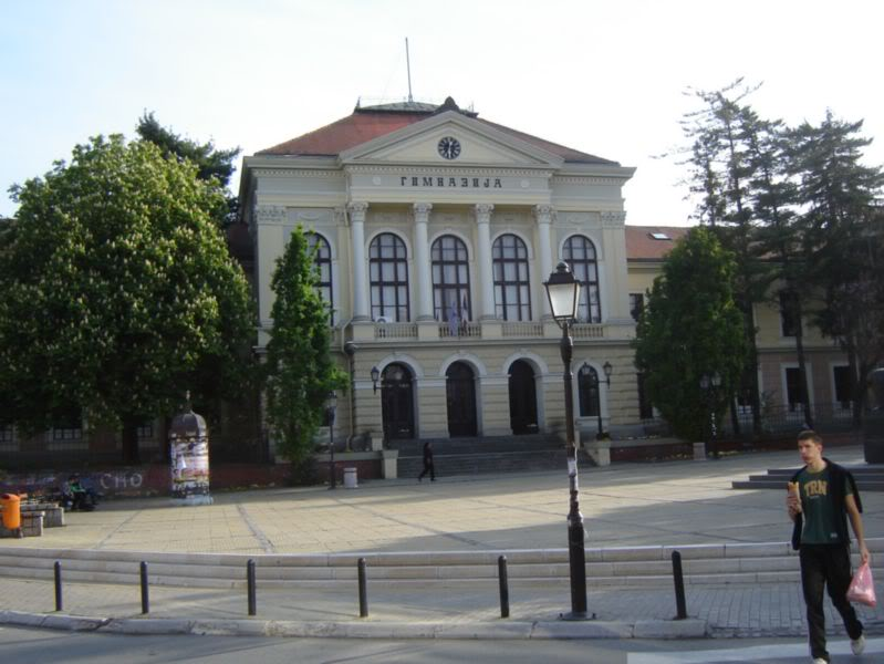 Subota 30. april - Kragujevac  - Page 3 Gimnazija