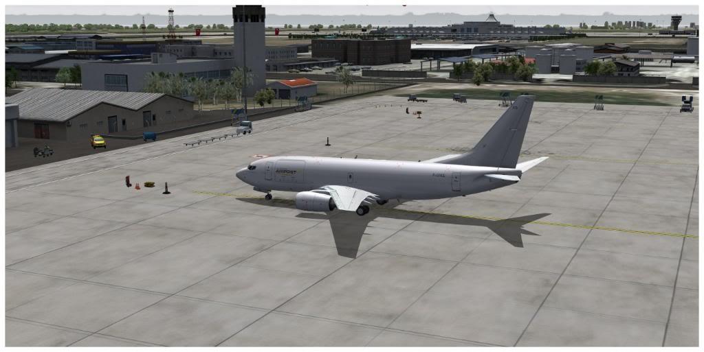 Boeing 737-700 & McDonell Douglas MD-11 F TNCMKMIA06-11-1106