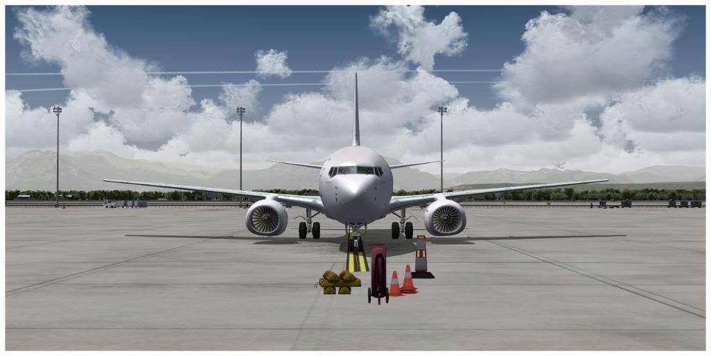 Boeing 737-700 & McDonell Douglas MD-11 F TNCMKMIA06-11-1107