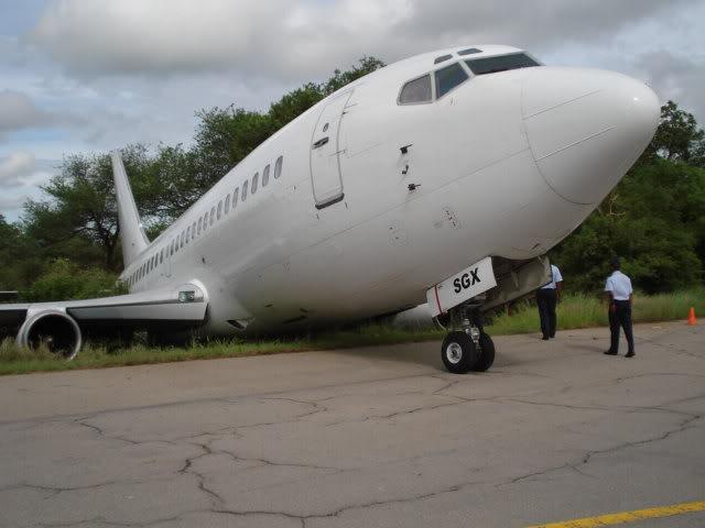 Piloto de 737-200 se deu mau. Image0077