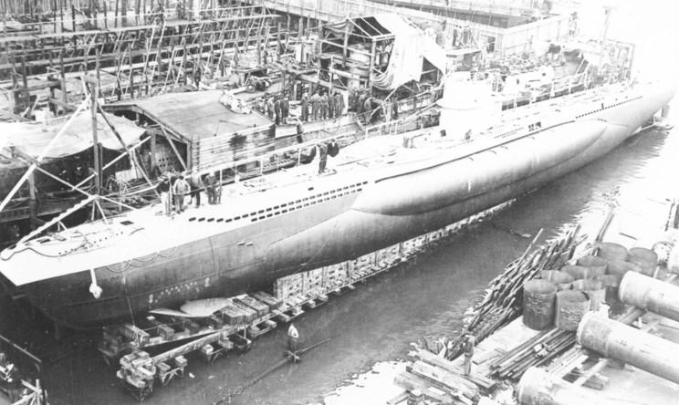 [revell] U-Boot typ IX-C/40 en cale sèche U99_zps1be2911c