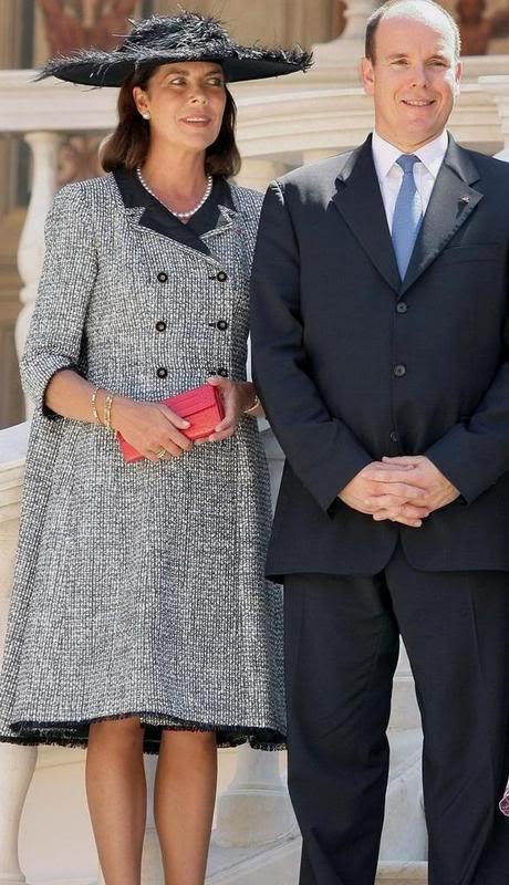 S.A.S. el Príncipe Alberto II de Mónaco - Página 2 0883012nv2