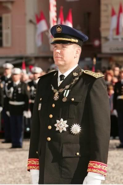 S.A.S. el Príncipe Alberto II de Mónaco - Página 2 Fvwghv