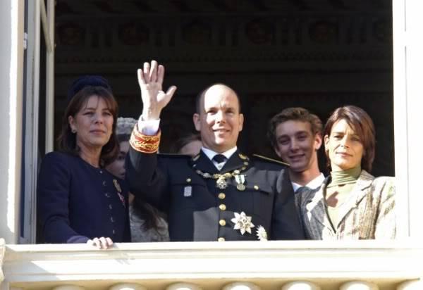 S.A.S. el Príncipe Alberto II de Mónaco - Página 2 Fx769h