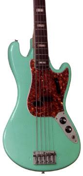 Baixos Fender no mínimo estranhos... 1967fenderV