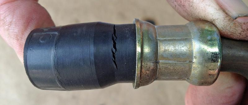 Réparation flexibles hydrauliques 19_zps78897cbd
