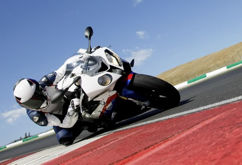 S1000RR - BMW Superbike - Page 2 P90048285edt