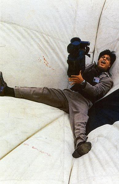 King Shahrukh Khan-solo-2 - Страница 2 3d108b769796
