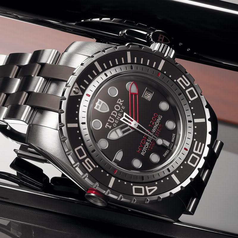 Liste des montres à lunette céramique TudorHydro1200_Clse