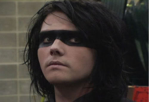 Gerard - Page 6 Gerard_Way--large-msg-11685274635