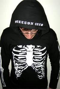 [Photos] Mikey Way Ribs-hoodie