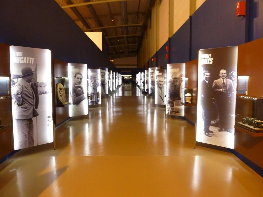 [ FOTOS ] Visita al Museo de las 24h de Le Mans P1020795