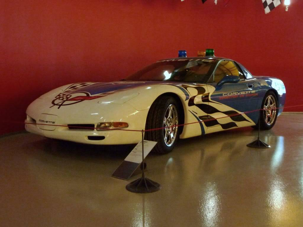 [ FOTOS ] Visita al Museo de las 24h de Le Mans P1020797