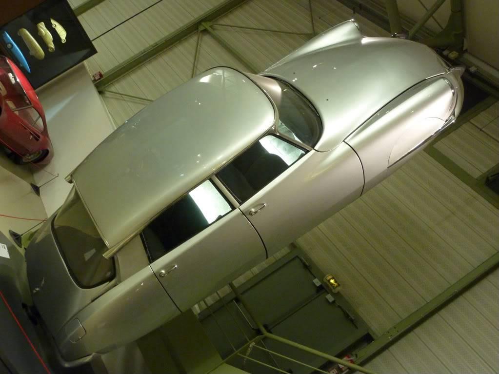 [ FOTOS ] Visita al Museo de las 24h de Le Mans P1020829